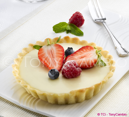 White Chocolate Tartlet with Summer Fruits